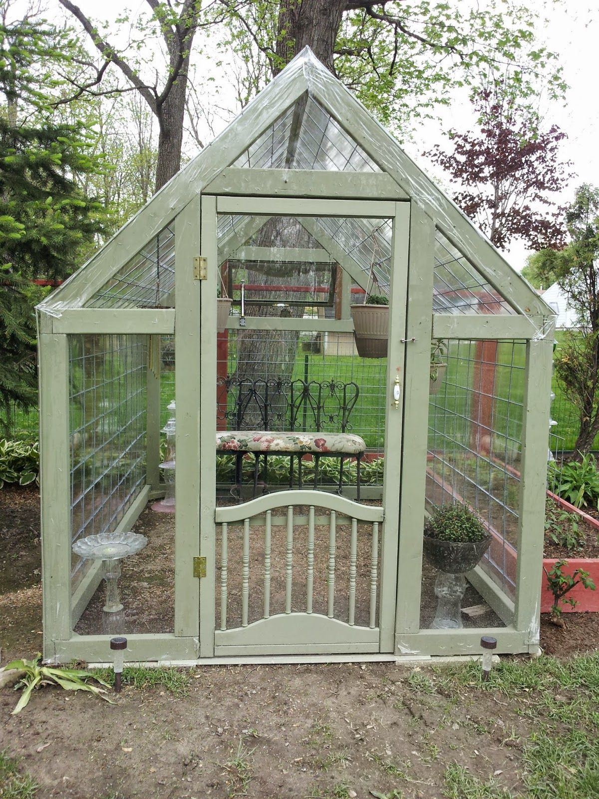 building a greenhouse: plans for this 6x8 greenhouse cost only