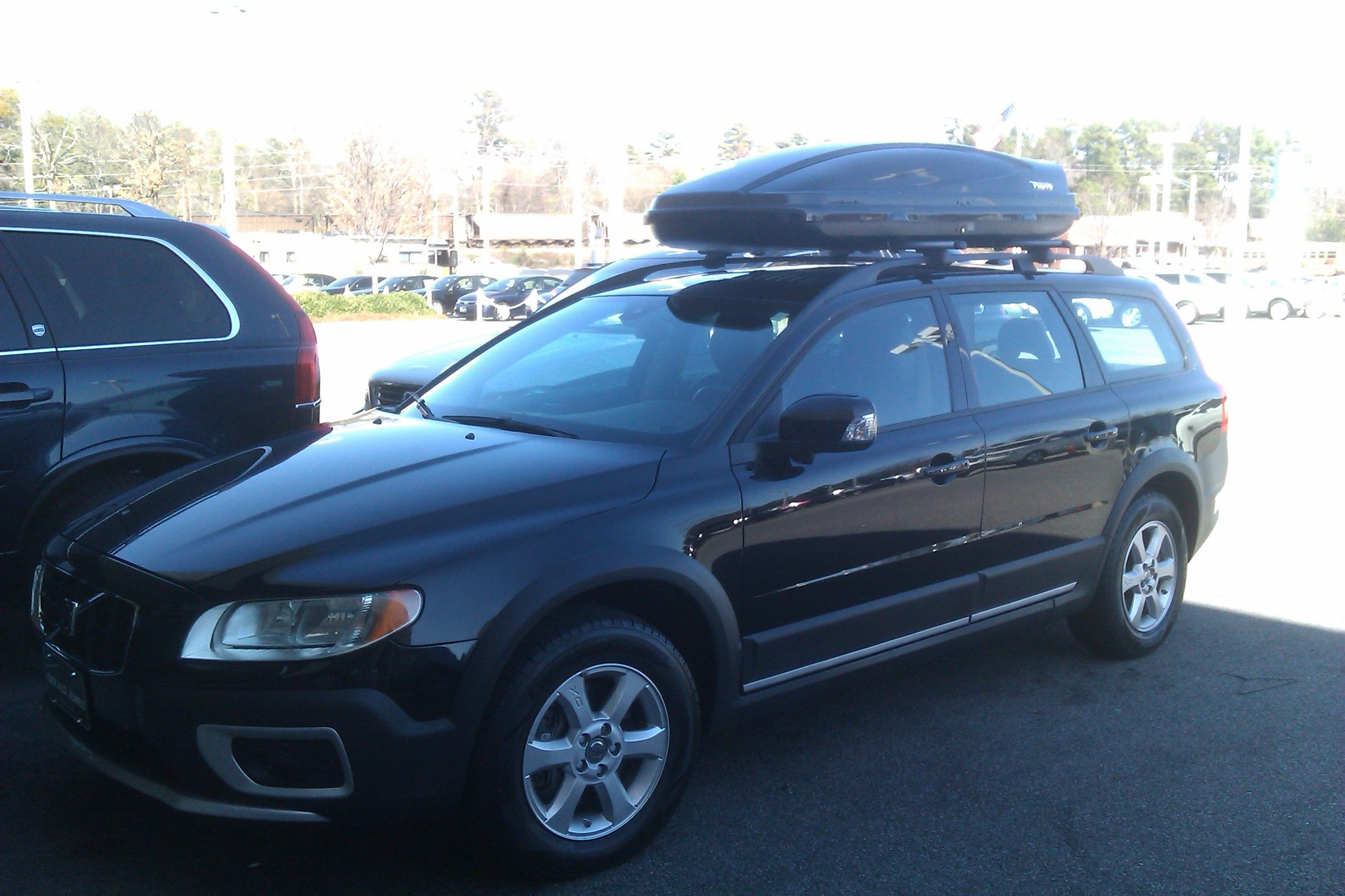 Side view of the Extended cargo carrier on a 2012 Volvo ...