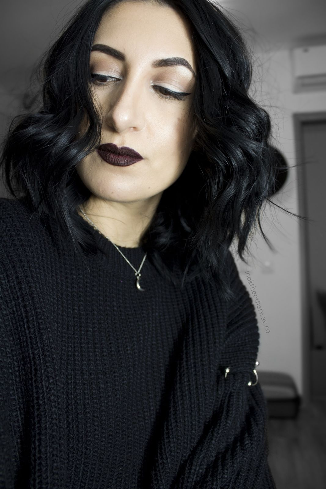 Simple Everyday Gothic Makeup Looktheotherwayco In 2019 in