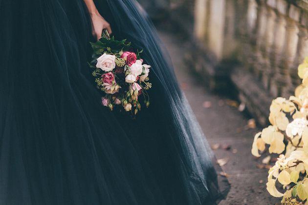 Halloween-Wedding-Inspiration-Sanshine-Photography-Charlotte-Munro-Bridal-Musings-Wedding-Blog-36.jpg (630×420)