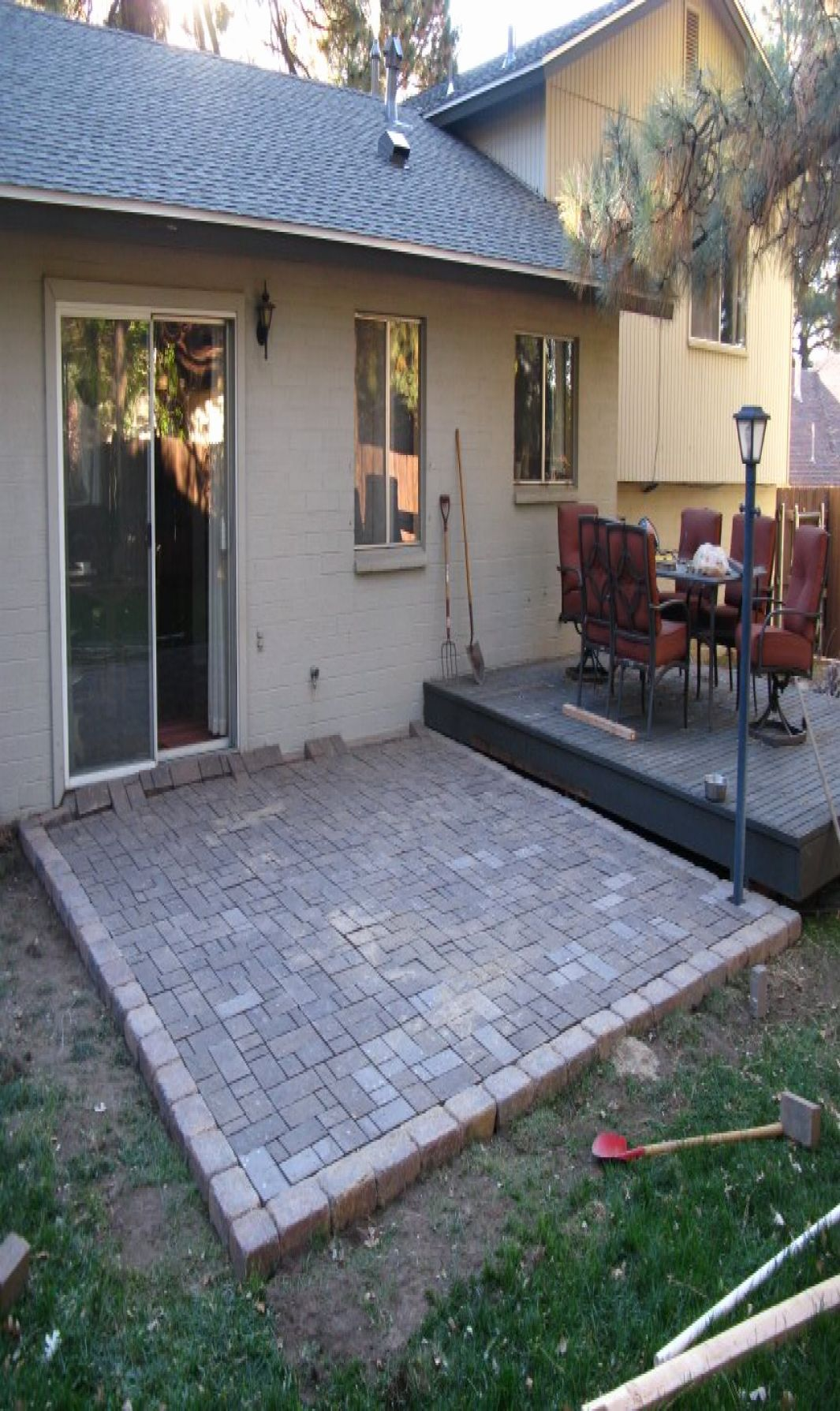 how much does a diy paver patio cost