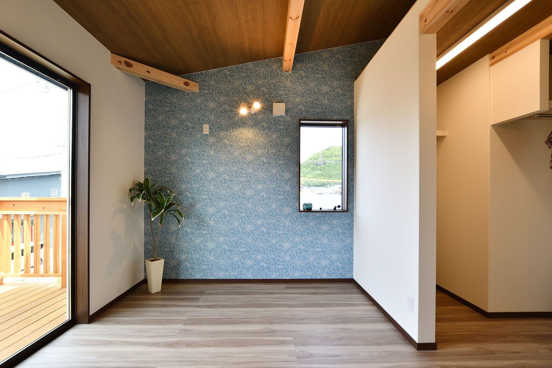 寝室 壁紙 アクセントクロス 納戸 ウォークインクローゼット