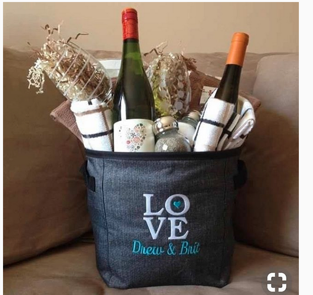 Thirty One Wedding Gift Ideas: Perfect Wedding Gifts! In 2019