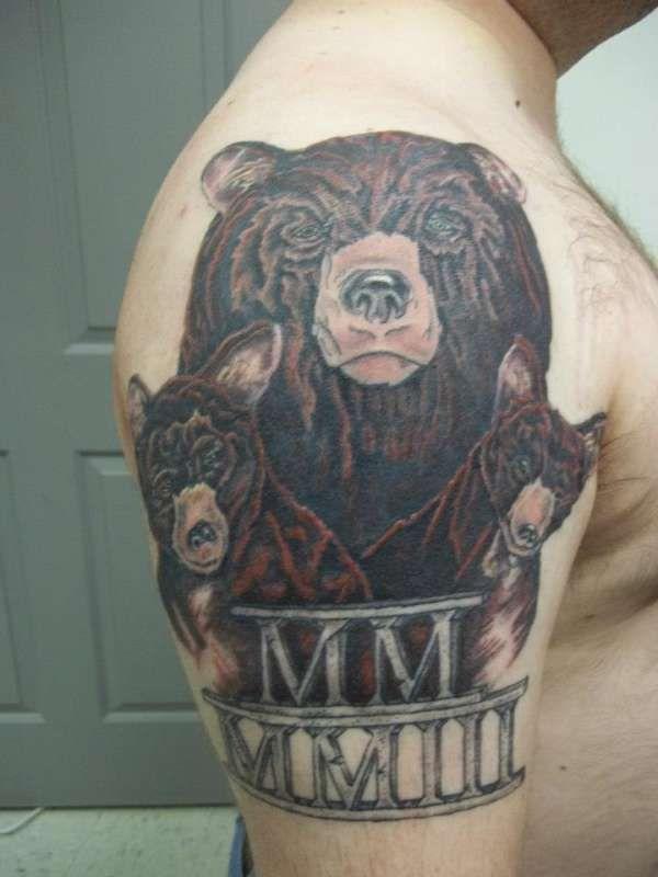 Papa Bear With Cubs Bear Tattoos