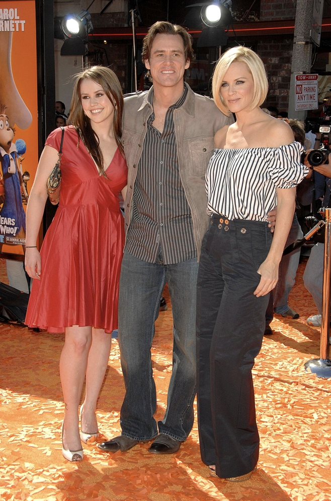 Jim Carrey S Daughter Is 30 Now And Looks Just Like Her Dad Celebritydads Jim Carrey Celebrity Dads Celebrity Kids