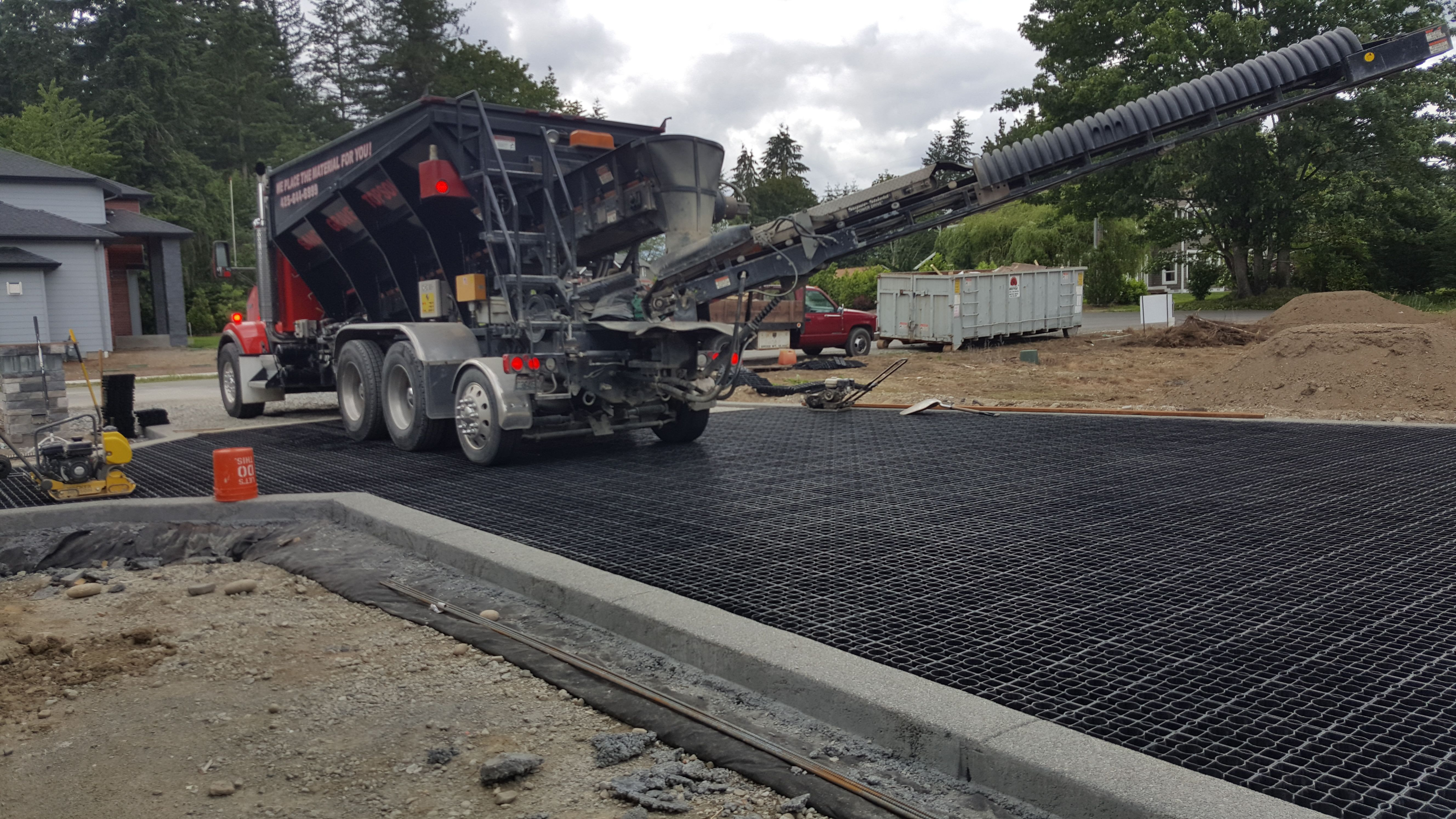 Versigrid H D 2 0 Heavy Duty Permeable Paver Gravel Road No More Standing Water Or Potholes Permeable Pavers Permeable Paving Paddock Mud