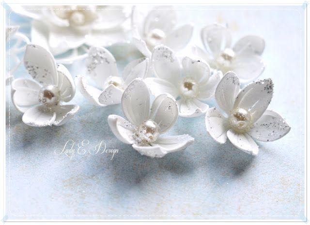 Scrap Art By Lady E Handmade Foam Flowers Kwiatki Z Foamiranu Foam Flowers Ribbon Flower Tutorial Flower Crafts