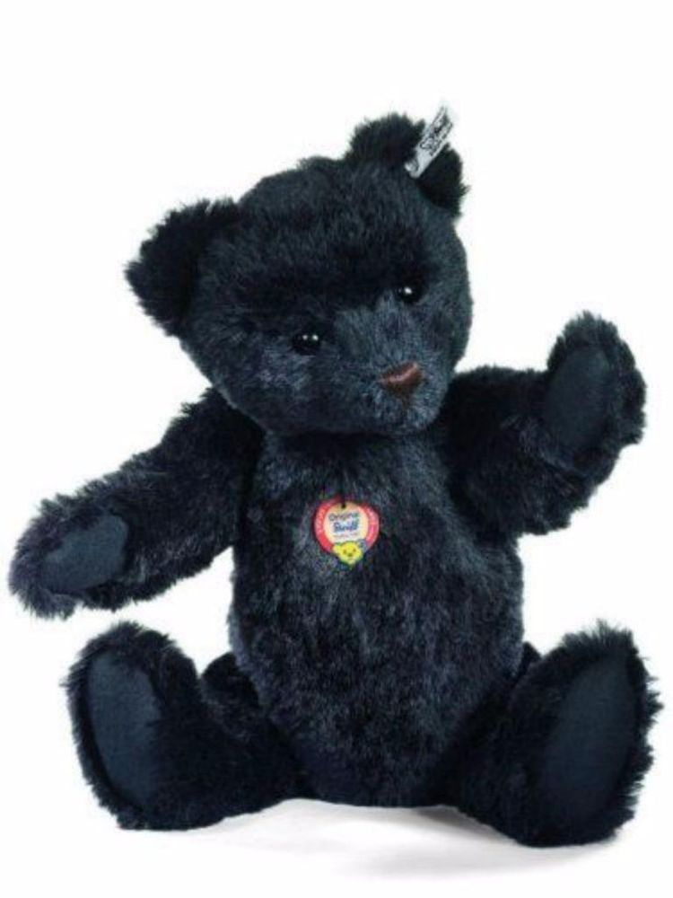 Ebony black #Steiff bears are relatively small in number ...