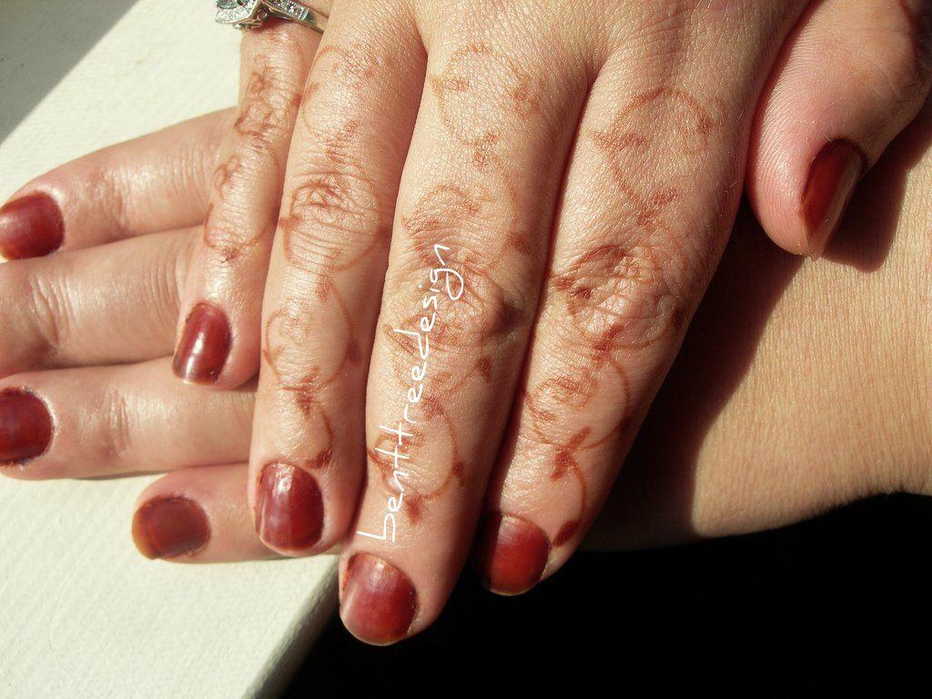 Applying Henna And Cassia Onto Nails Henna Nails Cleopatra Beauty Secrets Cleopatra Beauty