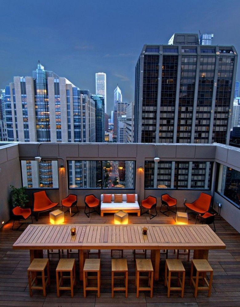 4 reasons to choose Cambria Hotel Chicago Magnificent Mile