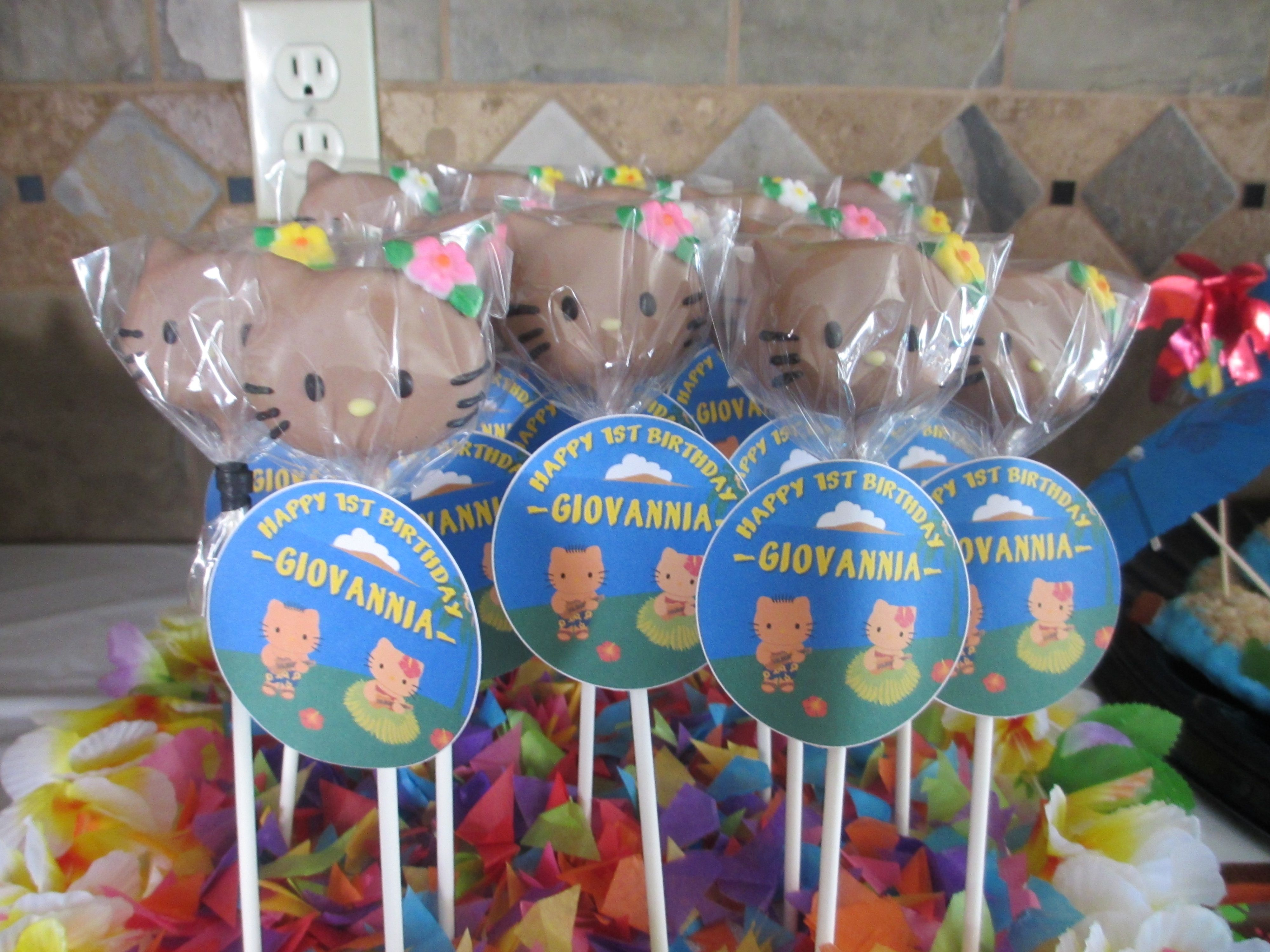 Hawaiian Hello Kitty cake pops by IRIE CAKES delicious Giovannias