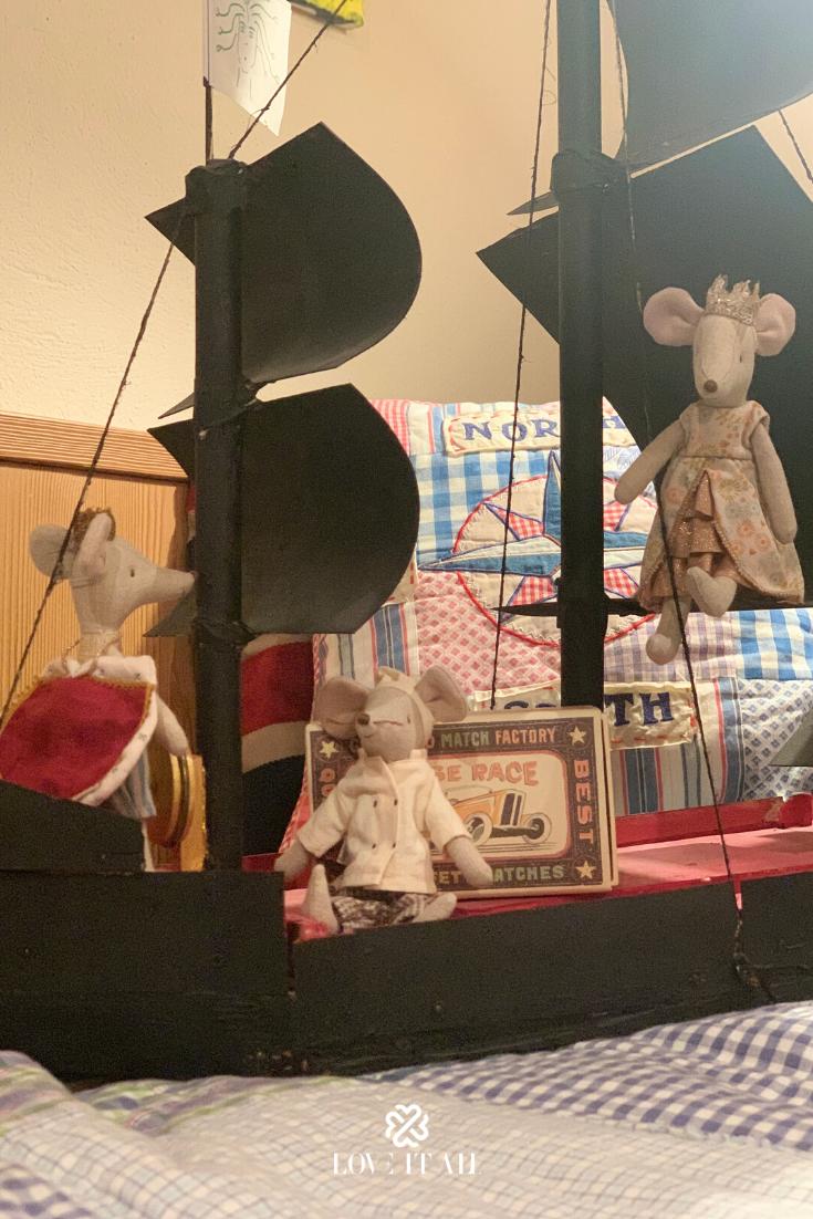 Der Konig Herrscht Uber Das Mausereich Und Geht Gerne Mit Der Konigin Auf Reisen Doch Ohne Den Mausekoch K Geschenkideen Weihnachten Geschenkideen Maileg Maus