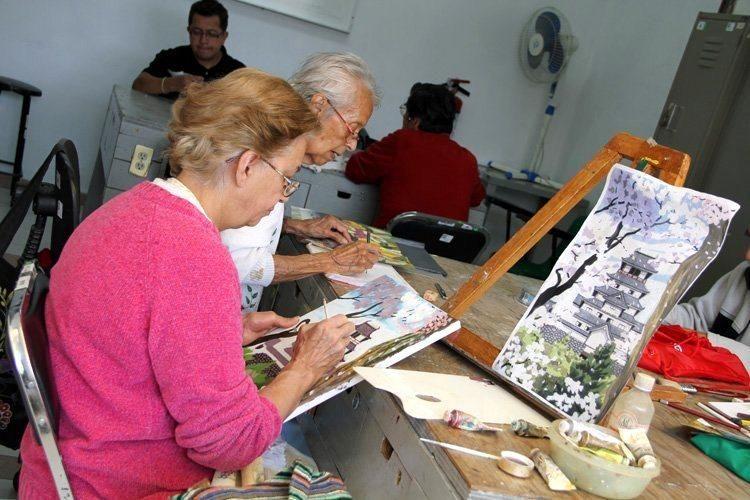 Los Clubes Inapam ofrecen alternativas de formación y desarrollo humano para los adultos mayores