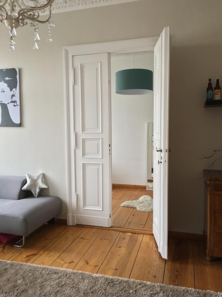Berliner altbau flair in wundersch ner altbauwohnung nahe for Altbauwohnung wohnzimmer einrichten