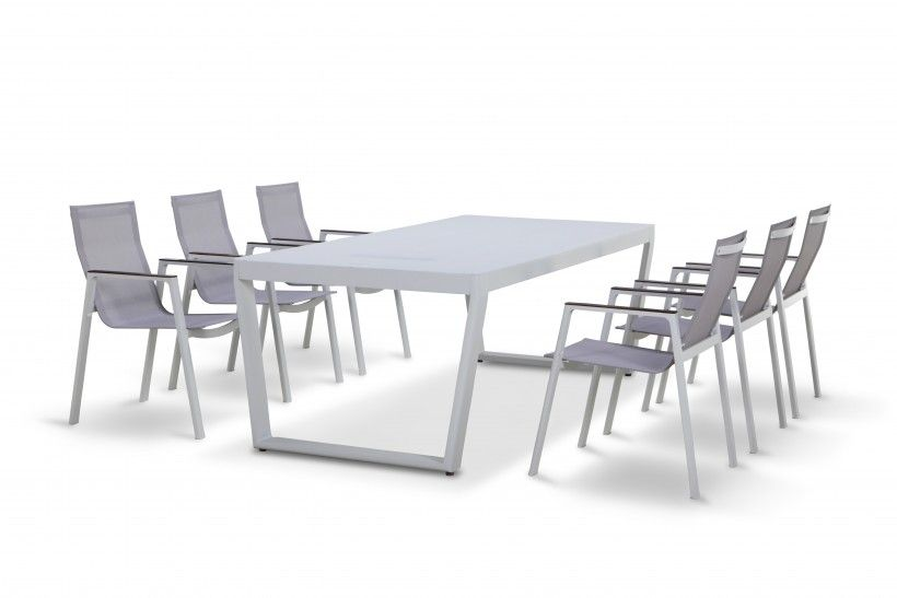 Superieur Maze Rattan   Venus LED 6 Seat Dining Set