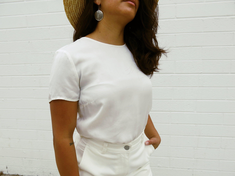 2c052b15b31f25 White Short Sleeve Crew Neck Silk Blouse Simple Minimalist Basic ...