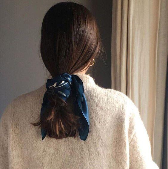Inspiration mode le carré de soie Beauté Cheveux
