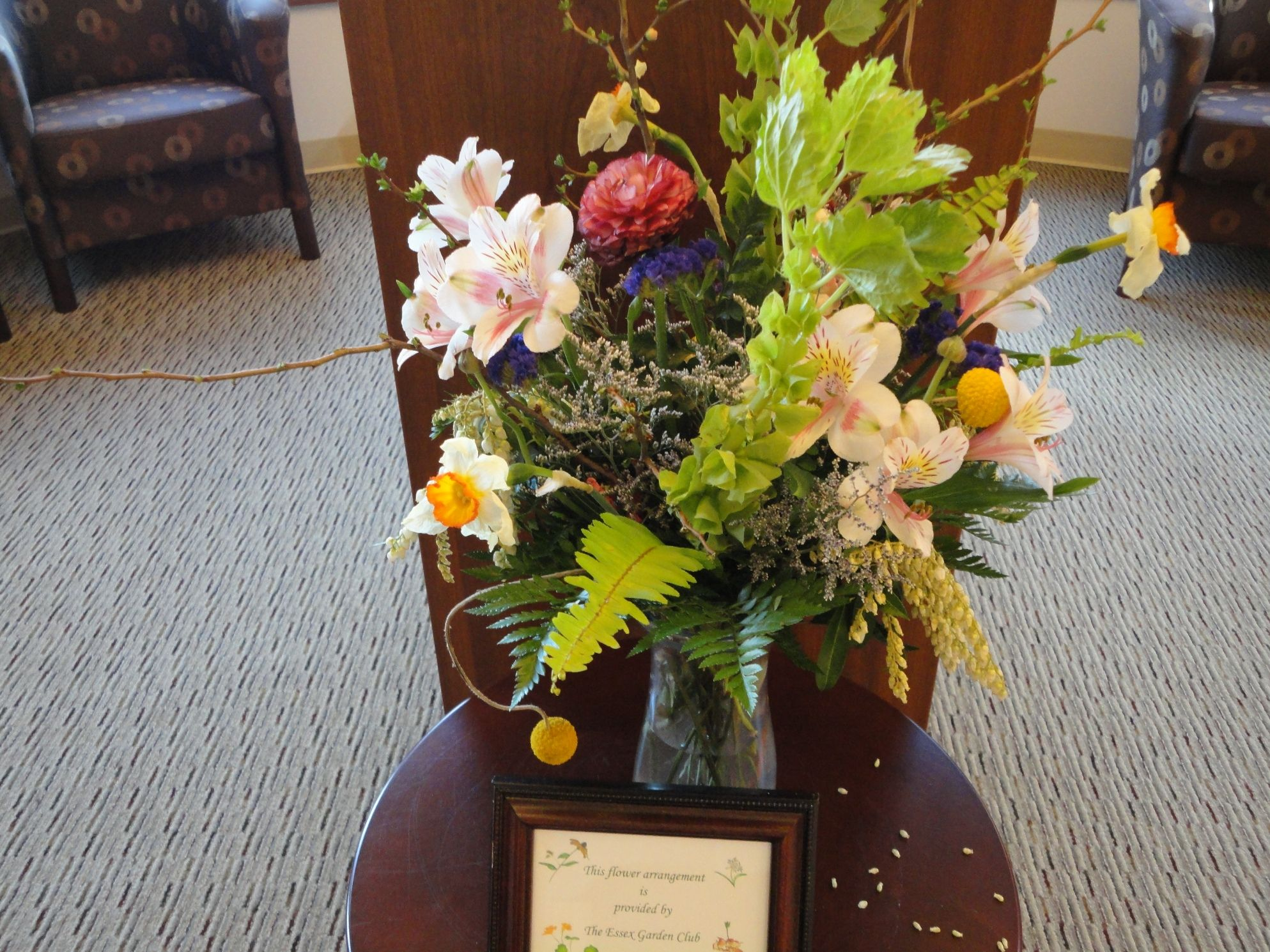 The Essex Garden Club provides the Library with beautiful bouquets every week. They also buy gardening books, videos and magazines for our collections.