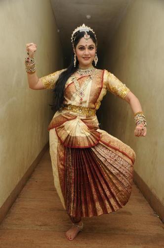 Buy bharatanatyam dress online india