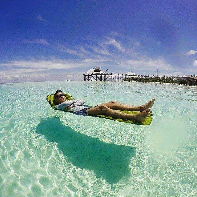 Beach Island: Maratua Island, Berau, East Kalimantan. © Adiboled In 2019