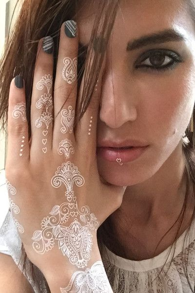 Henna Voor Tattoo Kopen: White Henna Temporary Tattoo Floral. 2 Sheets