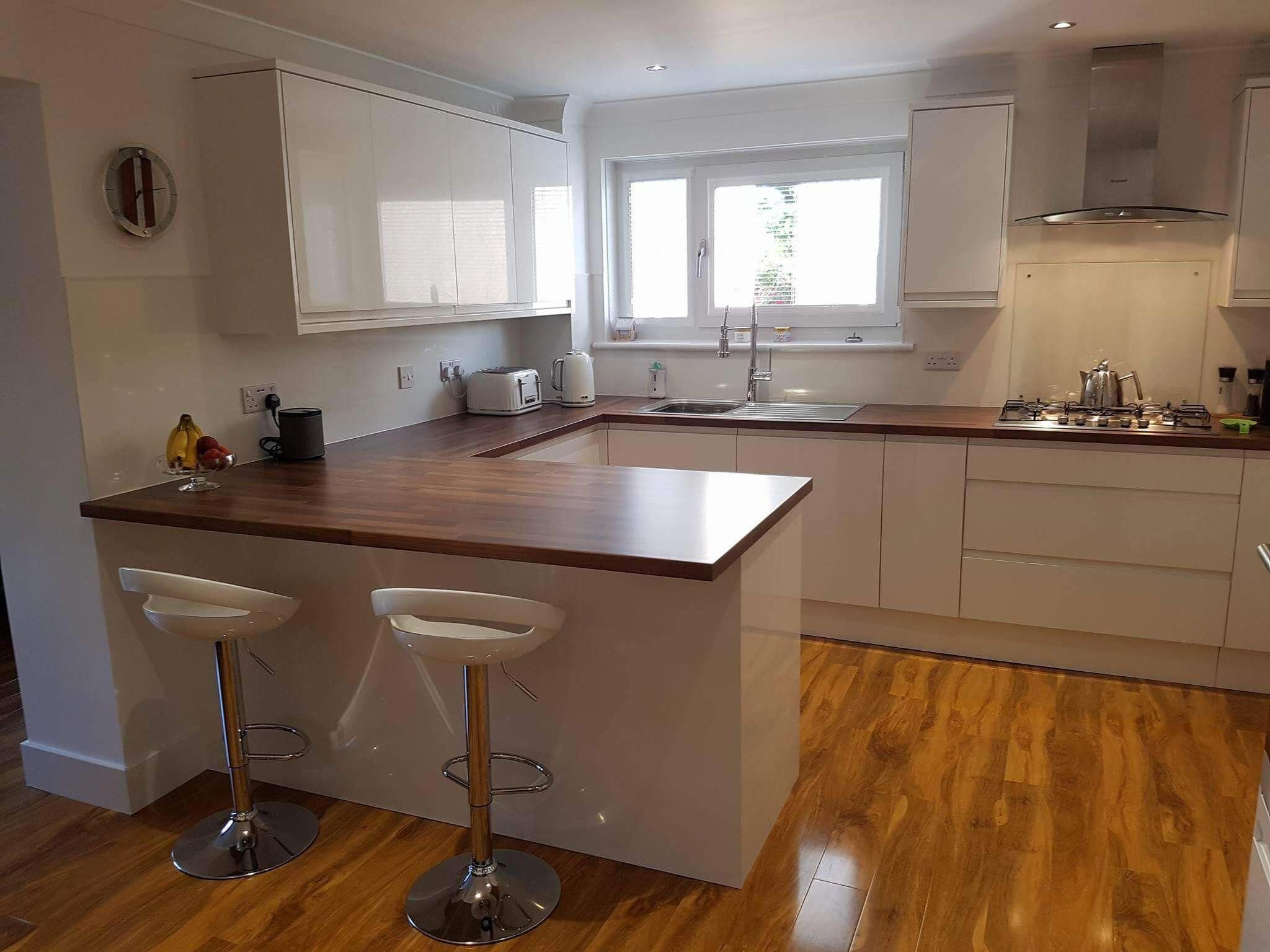 this beautiful clerkenwell gloss white kitchen was designed by our east kilbride depot and on kitchen remodel not white id=36000