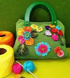 Yeşil Çiçekli Örgü Bayan Çanta