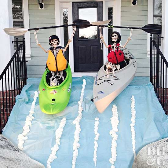 Spooky Skeleton Decorations for a Halloween Yard That Wows Outdoor - create halloween decorations