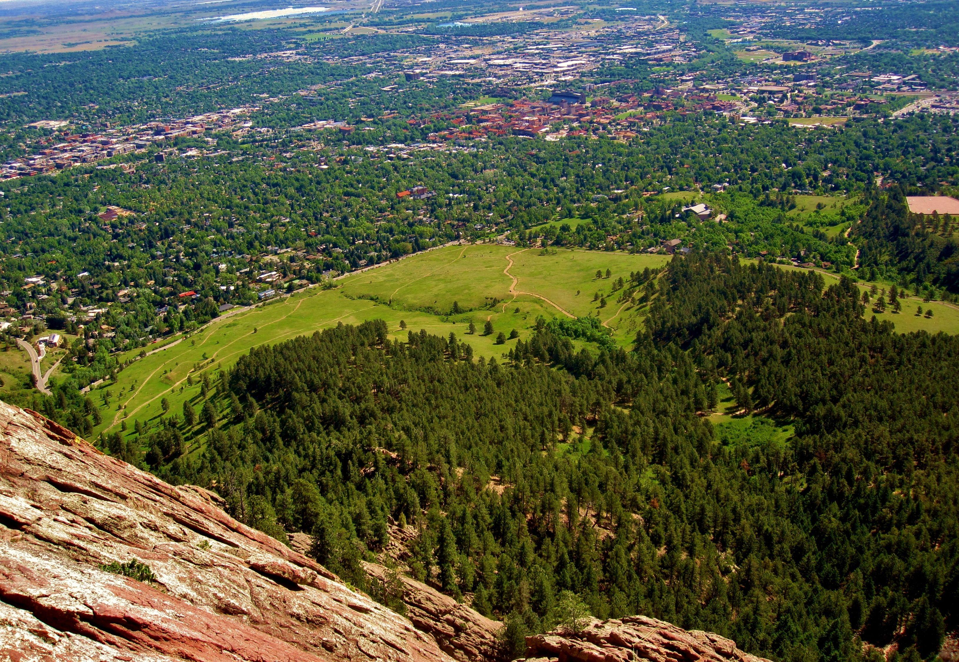 Boulder View From The Flatirons Chautauqua Park Bouldering
