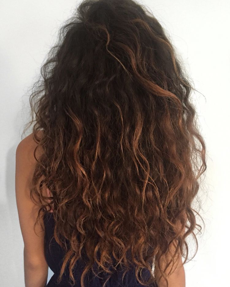 Pinterest A U L I N Hair Styles Natural Wavy Hair Long Curly Hair
