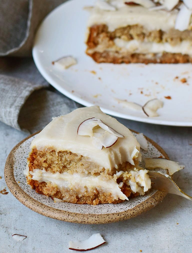 Moist And Creamy Vegan Coconut Cake With A Coconutty Sweet Potato Frosting Which Reminds Of Raffaello The Re Vegan Coconut Cake Coconut Cake Sweet Potato Cake