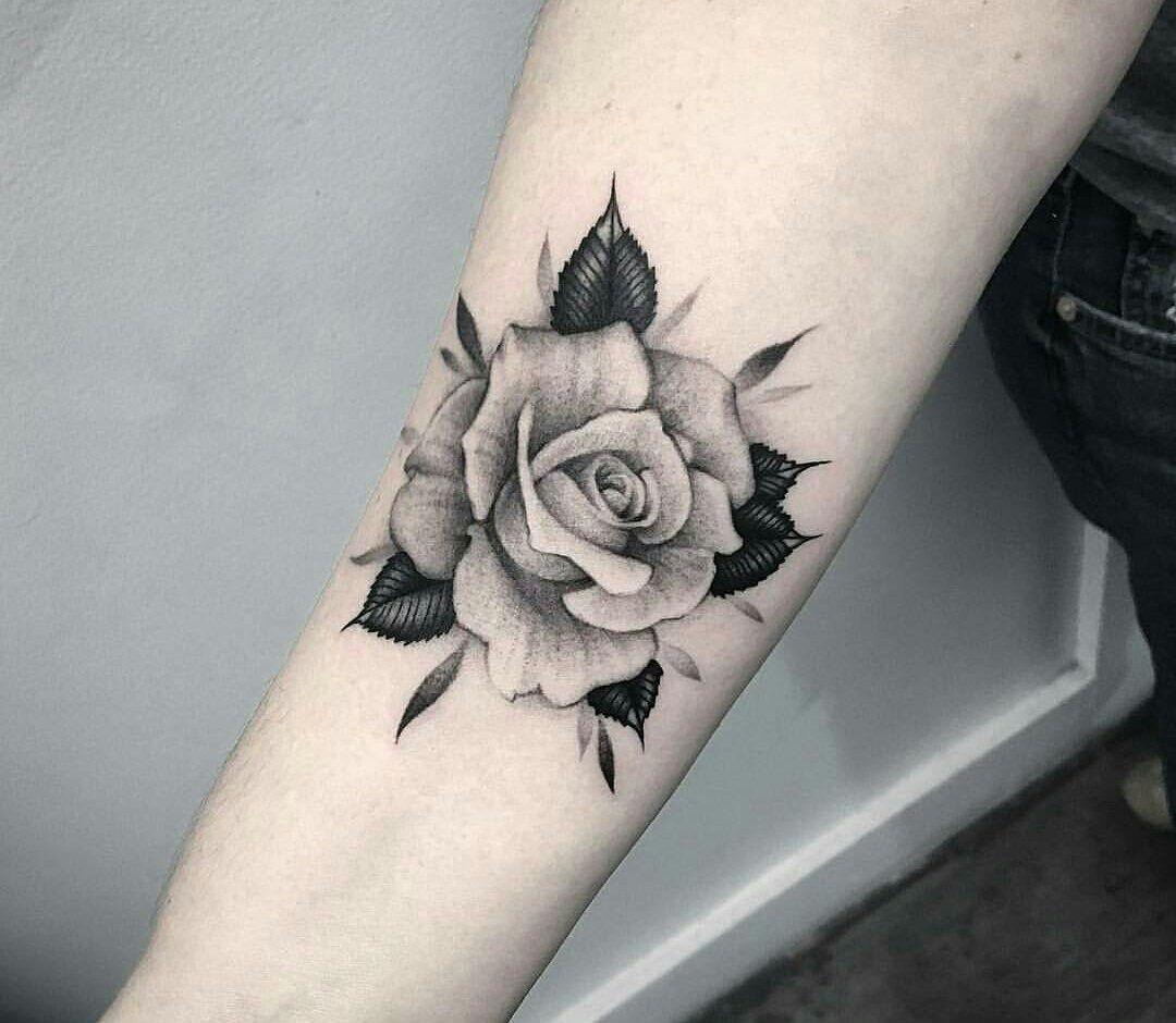 pin de madison castor en tattoo pinterest tatuajes ideas de tatuajes y pluma. Black Bedroom Furniture Sets. Home Design Ideas