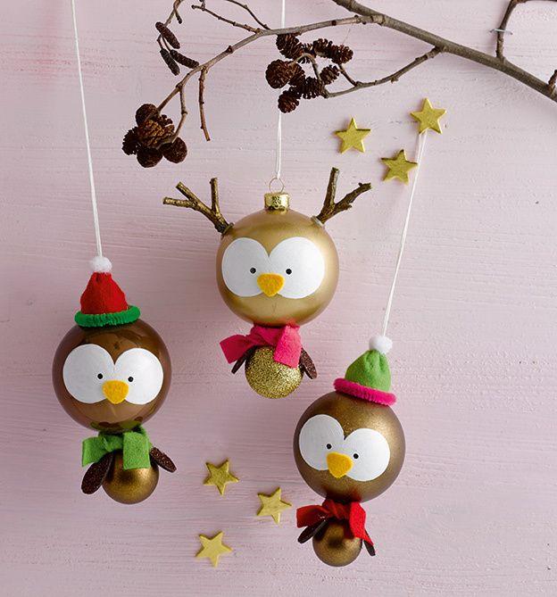 Charmante figuren aus weihnachtskugeln selbst gestalten niedliche adventsdeko selber basteln - Weihnachtsschmuck selber basteln mit kindern ...