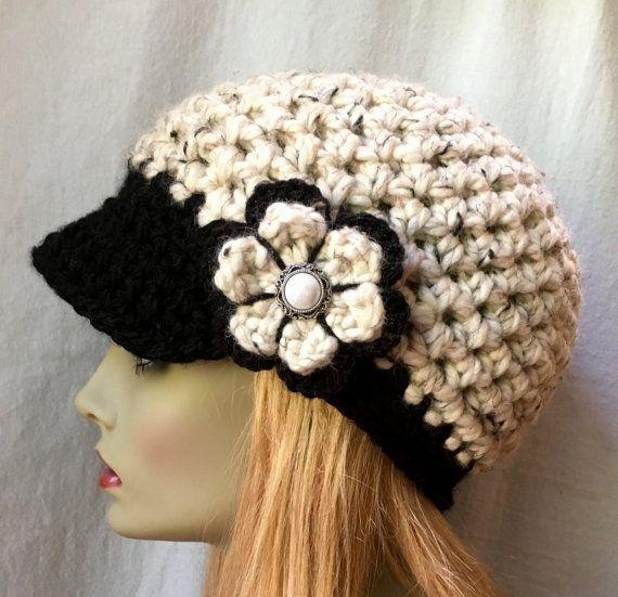 Frío del sombrero del ganchillo para mujer, vendedor de periódicos ...