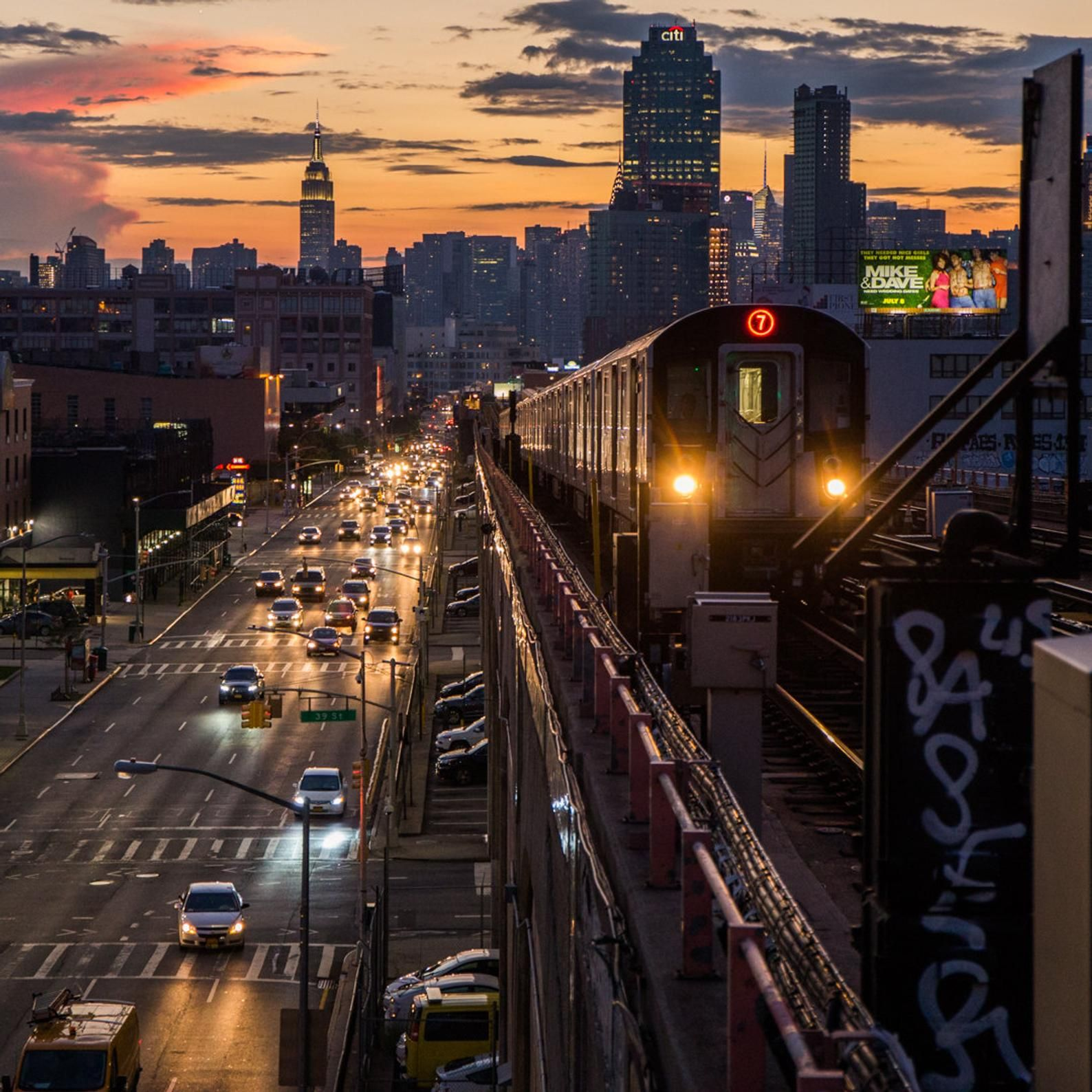 New York Skyline From Queens 7 Train Subway Mta At Sunset New York City Photography In 2020 City Photography New York City New York Photography