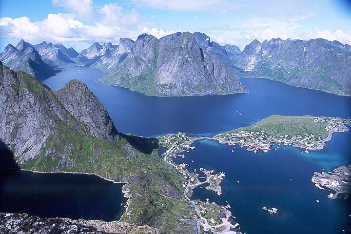 Norway, Lofoten islands, Reine village