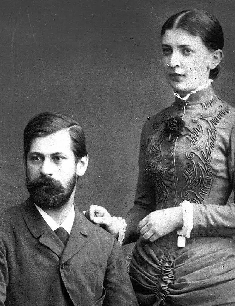 Freud Et Son Epouse Martha Bernays Elle Est Nee A Hambourg En 1861 Morte A Londres En 1951 A Eu 6 Enfants Avec Lui Sigmund Freud Psychanalyse Religieuse