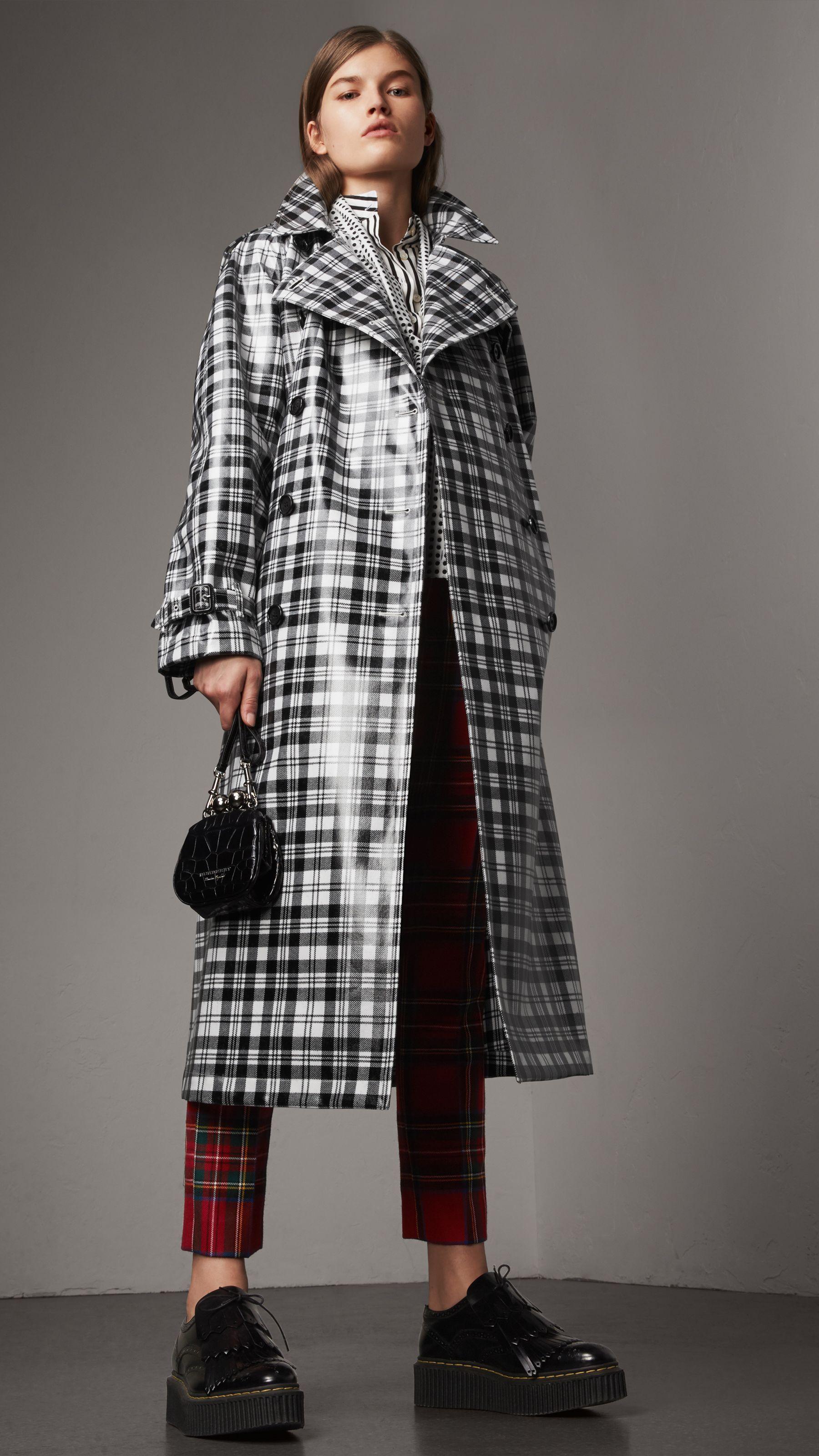 e07a12919 Trench coat xadrez tartan de lã com efeito plastificado (Preto branco) -  Mulheres