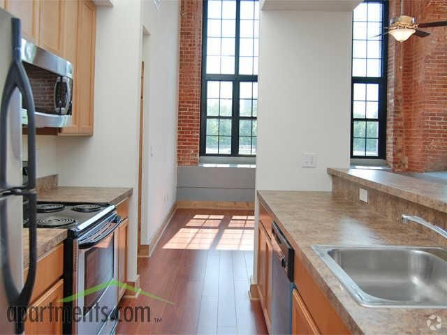 Pp Mill Luxury Apartments Is Set In A Circa 1904 Silk Mill Building