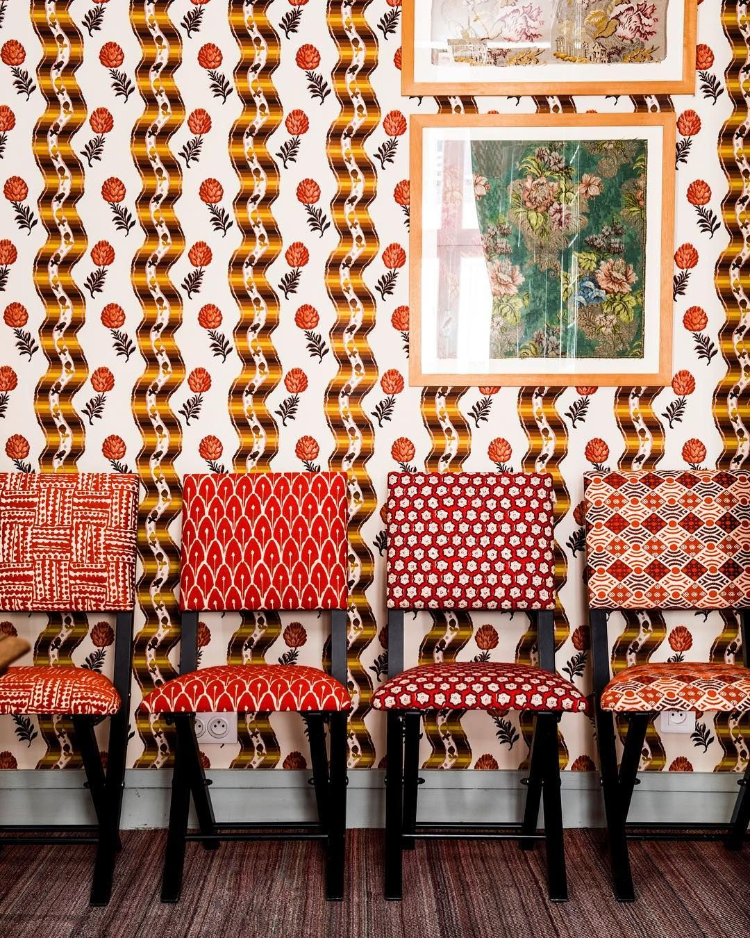"""Pommes de pin"" timeless pattern from Le Manach as a wallpaper and in front"