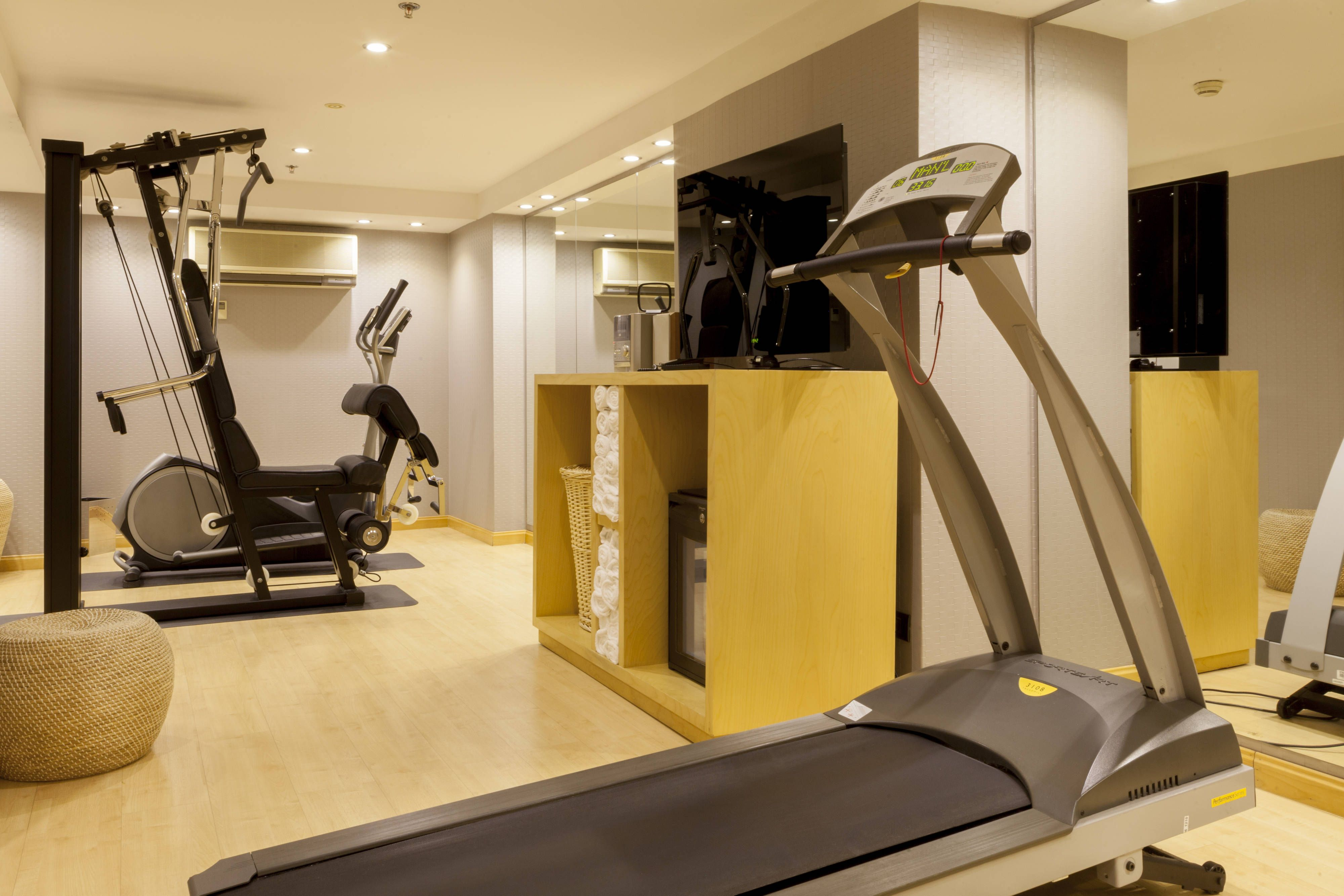 Ac Hotel Malaga Palacio Fitness Centre Travel Rooms