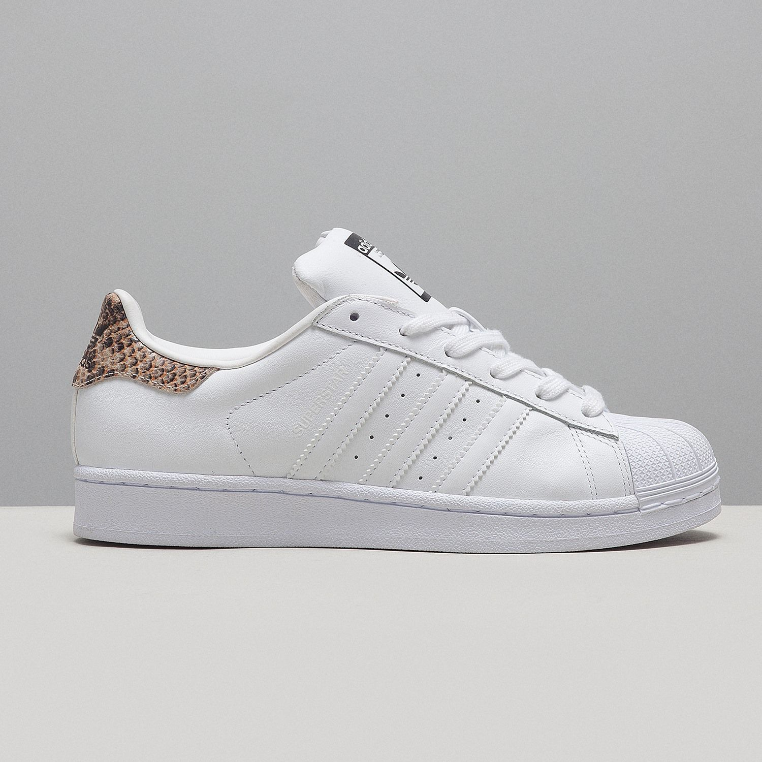 adidas superstar fur