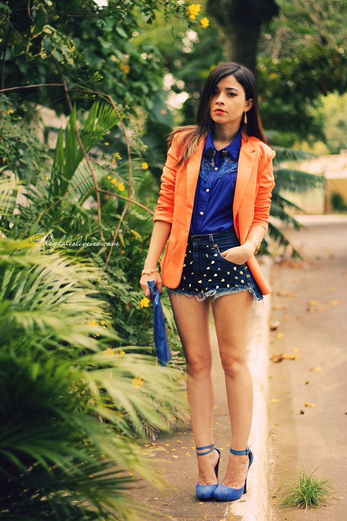 Blog da Lê-Moda Acessível: No look azul e laranja - blue and orange - how to style studded shorts