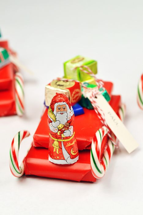 DIY Candy Sleigh Favors Candy sleigh, Favors and Stocking stuffers