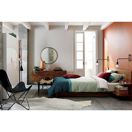 Andes Acacia Queen Bed Black Wall Sconce Easy Home Decor Black Walls
