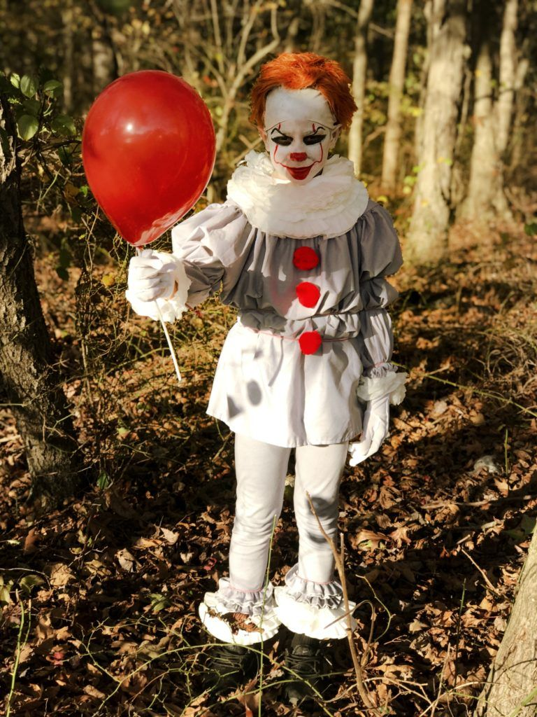 Halloween 2019 Easy NoSew DIY Pennywise Costume For Kids