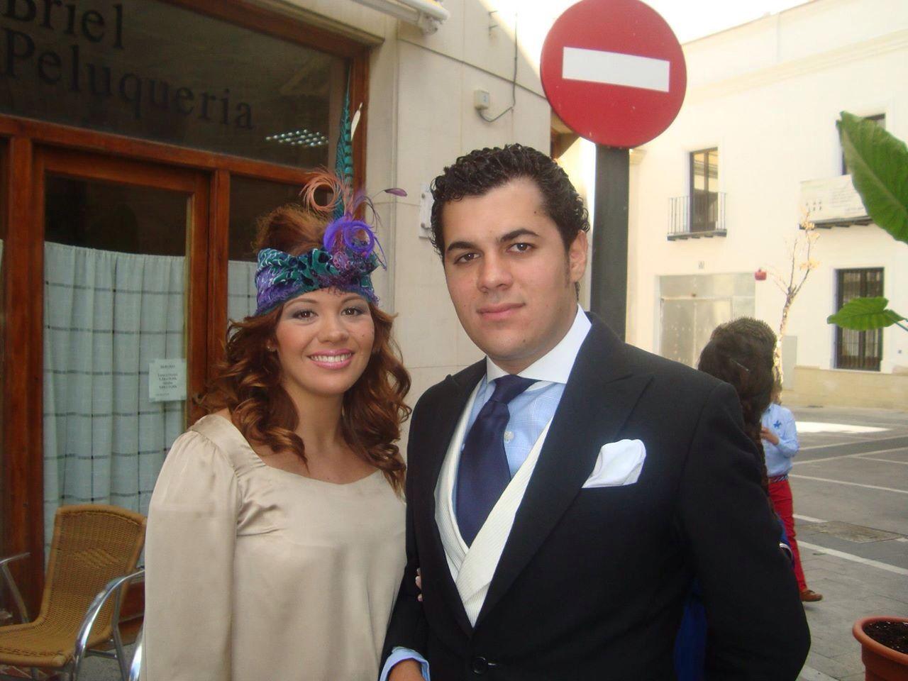 Maria con turbante de boda www.cabezaloka.com