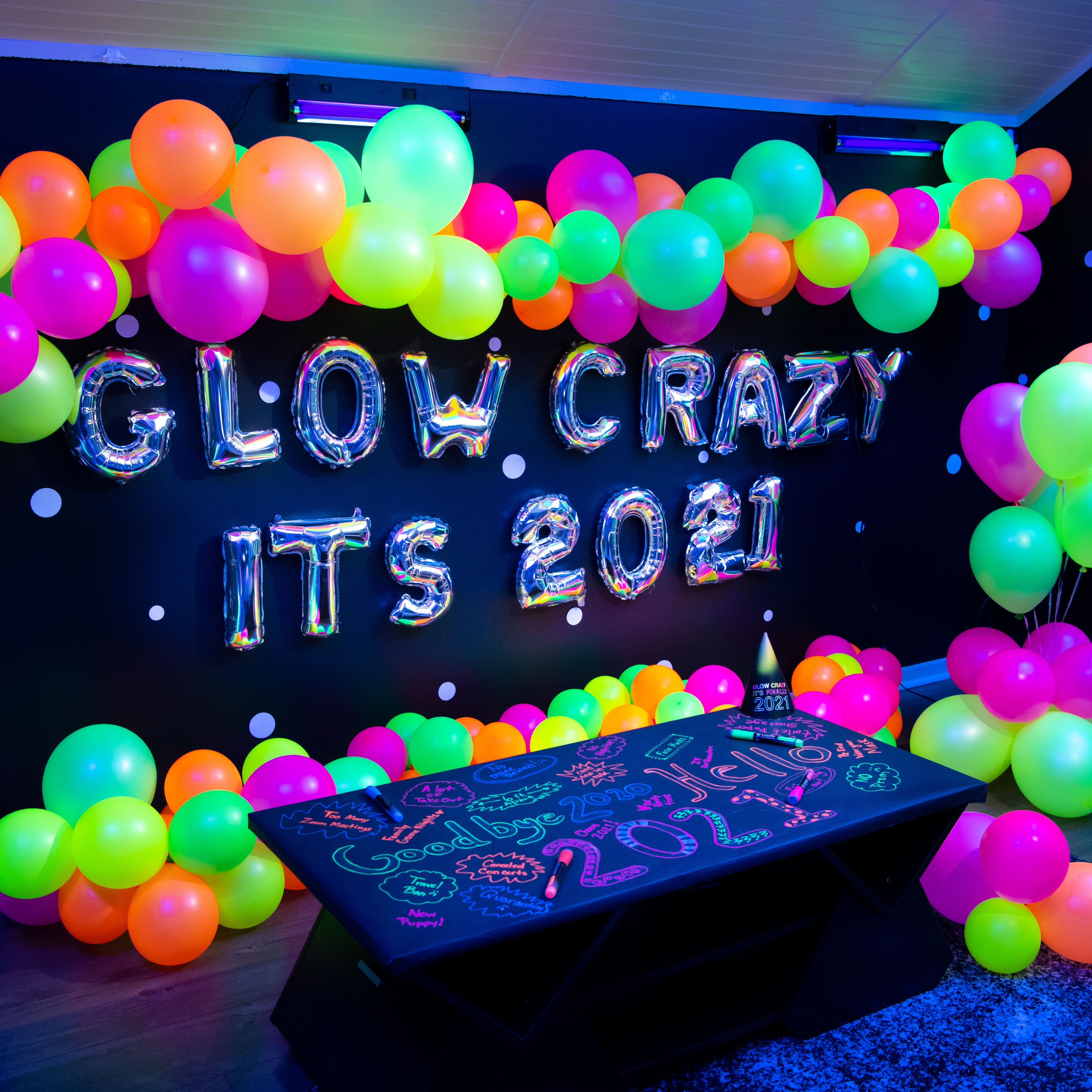 Pin On New Years 2021 Glow Party 2021 new year balloons and gift