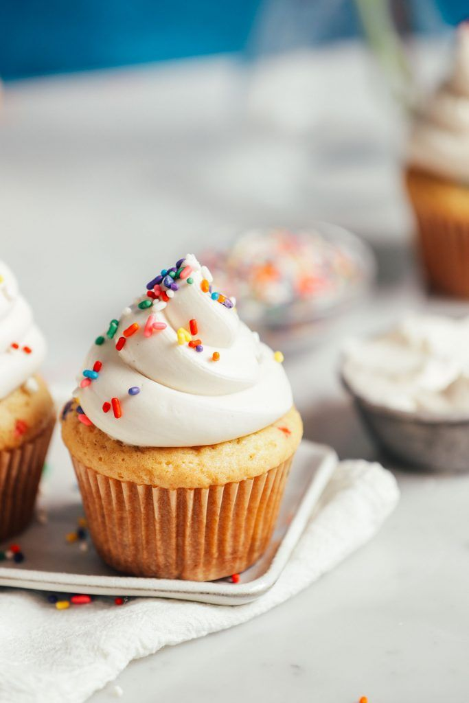 Receta de glaseado de crema de mantequilla sin lácteos | Recetas minimalistas de panadero