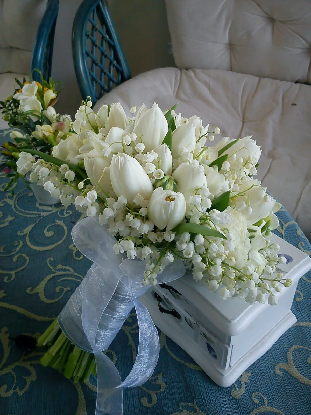Most romantic and auspicious ever lily of the valley and